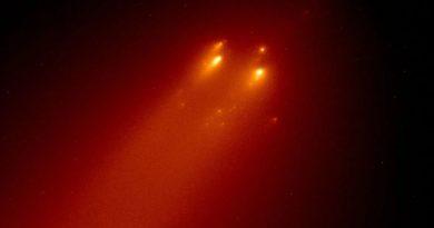 «Хаббл» показал красочные фото развалившейся кометы, которая могла стать ярчайшей за десятилетие