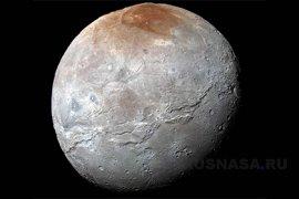 НАСА показало видео пролета New Horizons над Мордором на Хароне