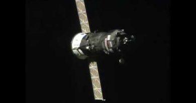 Транспортный корабль «Прогресс МС-03» успешно совершил стыковку с МКС. Видео.