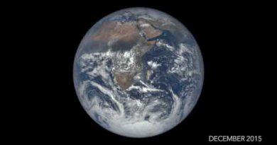 Это стоит увидеть. Земной год за 2 минуты. Видео.