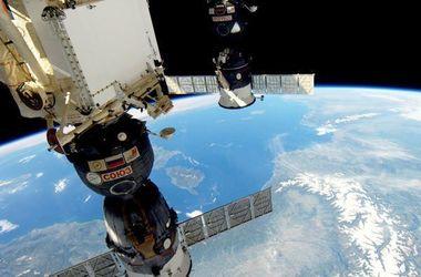 В РРК «Энергия» ловят диверсанта который просверлил обшивку корабля «Союз»
