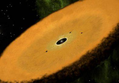 Добровольцы помогли NASA найти древнейший околозвездный диск