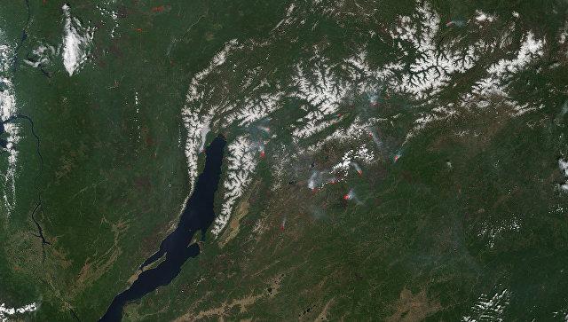 Зонд НАСА зафиксировал десятки пожаров у озера Байкал