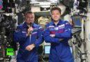 С Днем Космонавтики. Поздравление с МКС